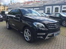 Mercedes-Benz Třída ML ML 350 BLUETEC 4-MATIC AUT .