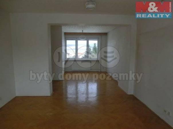 Prodej bytu 3+1, Bánov, foto 1 Reality, Byty na prodej | spěcháto.cz - bazar, inzerce
