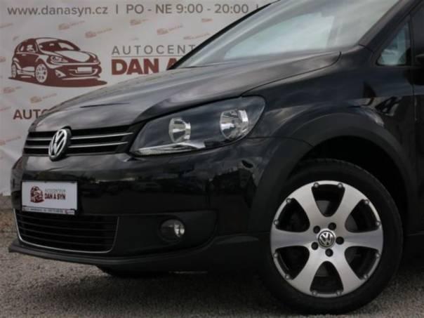 Volkswagen Touran 2.0 TDi 103KW Cross DPH, foto 1 Auto – moto , Automobily | spěcháto.cz - bazar, inzerce zdarma