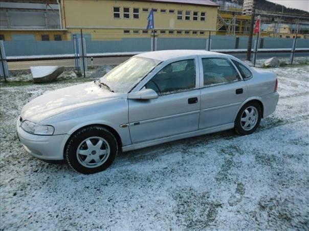 Opel Vectra 1,8 1.8 16V 16V 2000 MILENIUM, foto 1 Auto – moto , Automobily | spěcháto.cz - bazar, inzerce zdarma