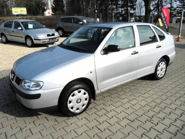 Seat Cordoba 1.4 MPi,nové v CZ po 1. majiteli., foto 1 Auto – moto , Automobily | spěcháto.cz - bazar, inzerce zdarma