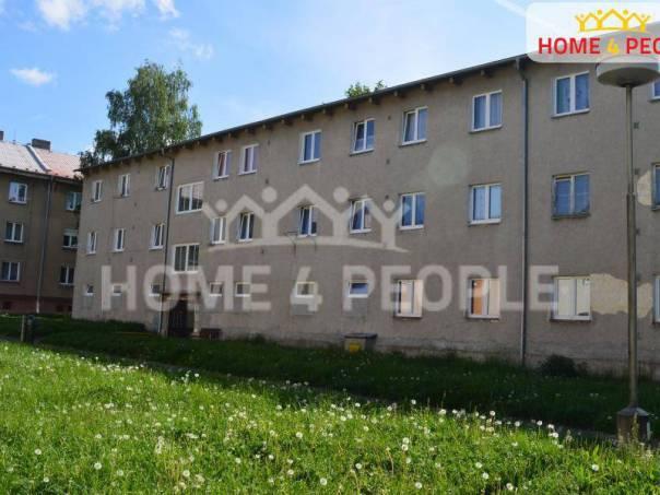 Pronájem bytu 1+1, Ostrov, foto 1 Reality, Byty k pronájmu | spěcháto.cz - bazar, inzerce