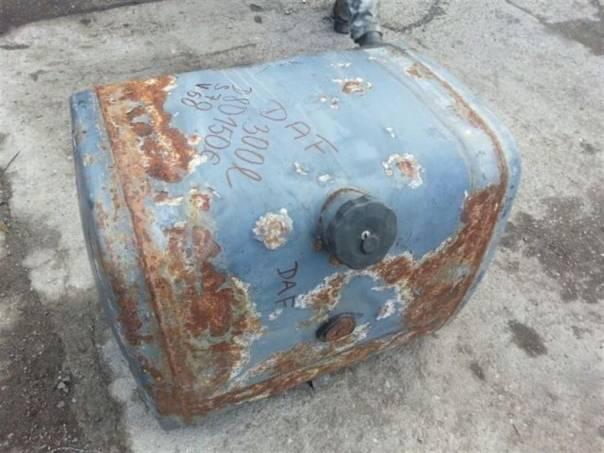 Palivová nádrž 300L, foto 1 Náhradní díly a příslušenství, Užitkové a nákladní vozy | spěcháto.cz - bazar, inzerce zdarma