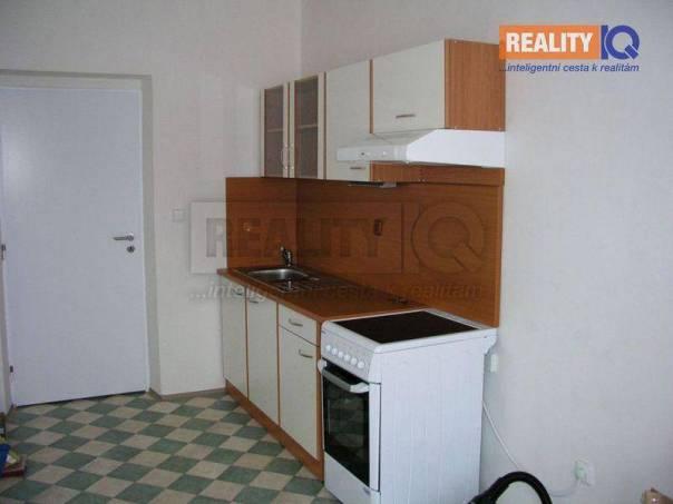 Pronájem bytu 2+1, Karlovy Vary - Bohatice, foto 1 Reality, Byty k pronájmu | spěcháto.cz - bazar, inzerce