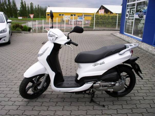 Tweet 125 - Bílá, foto 1 Auto – moto , Motocykly a čtyřkolky | spěcháto.cz - bazar, inzerce zdarma
