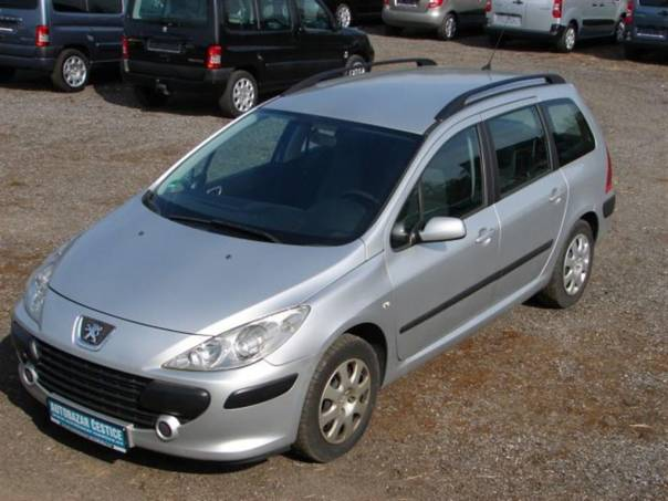 Peugeot 307 1,6 16V KLIMA SERVISKA, foto 1 Auto – moto , Automobily | spěcháto.cz - bazar, inzerce zdarma