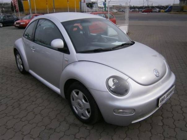 Volkswagen New Beetle 2.0 eko zaplacen,top stav, foto 1 Auto – moto , Automobily | spěcháto.cz - bazar, inzerce zdarma