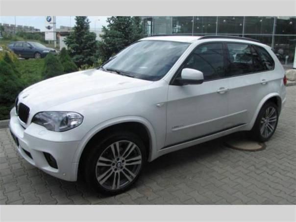 BMW X5 xDrive30d, Mpaket, Alpine White, SKLADEM, foto 1 Auto – moto , Automobily | spěcháto.cz - bazar, inzerce zdarma