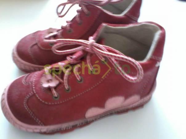1f78644d3f2 Celoroční kožené boty Pegres