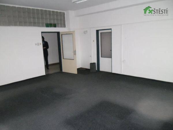 Pronájem kanceláře, Třebíč, foto 1 Reality, Kanceláře | spěcháto.cz - bazar, inzerce