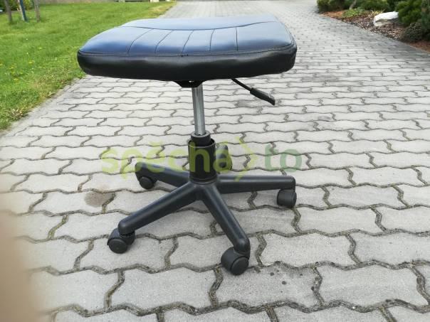 Počítačový stolek za polovic + sedačka zdarma, foto 1 Bydlení a vybavení, Stoly a židle | spěcháto.cz - bazar, inzerce zdarma