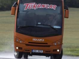 Isuzu  coach 26-33 míst