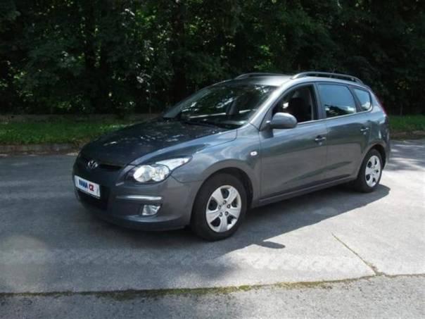 Hyundai i30 CROSSWAGON 1.6CRDI, foto 1 Auto – moto , Automobily | spěcháto.cz - bazar, inzerce zdarma
