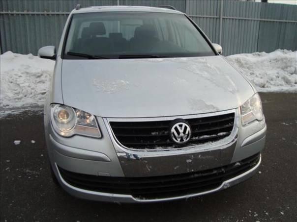Volkswagen Touran 1.9 TOP STAV!!!SERVISNÍ KNIHA, foto 1 Auto – moto , Automobily | spěcháto.cz - bazar, inzerce zdarma