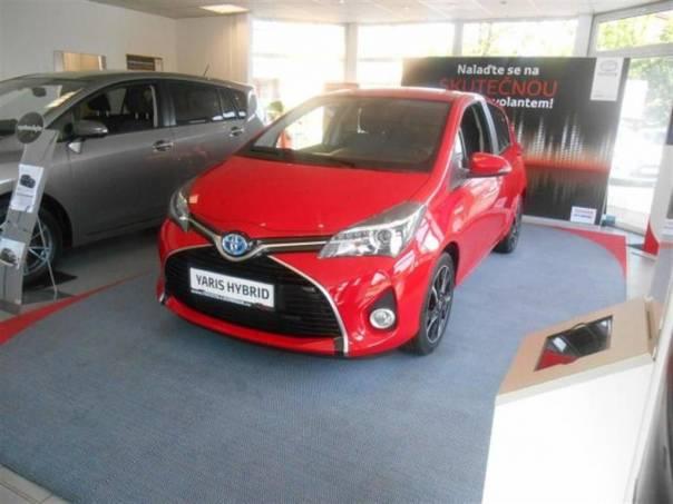 Toyota Yaris HSD Red&Black - USTÍ, foto 1 Auto – moto , Automobily | spěcháto.cz - bazar, inzerce zdarma