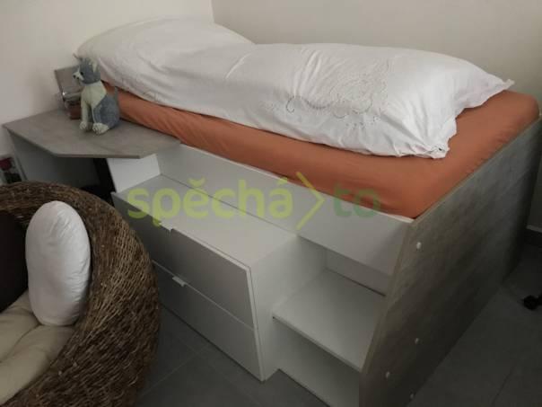 Vyvýšená postel, foto 1 Bydlení a vybavení, Postele a matrace | spěcháto.cz - bazar, inzerce zdarma