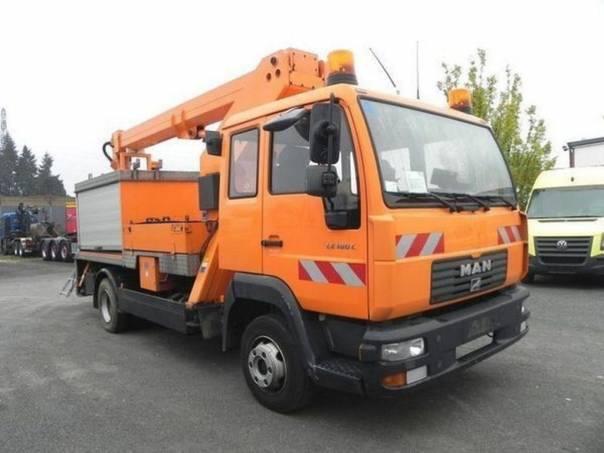 MAN  LE 8.180 pracovní plošina, foto 1 Užitkové a nákladní vozy, Nad 7,5 t | spěcháto.cz - bazar, inzerce zdarma