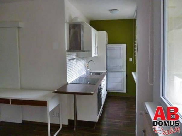 Pronájem bytu 1+kk, Praha - Prosek, foto 1 Reality, Byty k pronájmu | spěcháto.cz - bazar, inzerce