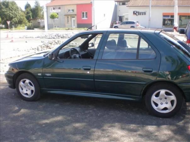 Peugeot 306 1.8, foto 1 Auto – moto , Automobily | spěcháto.cz - bazar, inzerce zdarma