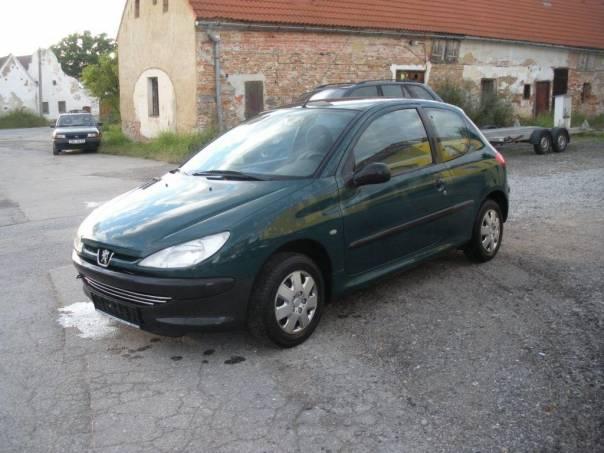 Peugeot 206 1.1 Look TOP KM, foto 1 Auto – moto , Automobily | spěcháto.cz - bazar, inzerce zdarma