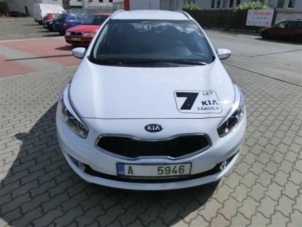 Kia Cee'd SW JD 1,6 GDi FIFA 2014, foto 1 Auto – moto , Automobily | spěcháto.cz - bazar, inzerce zdarma