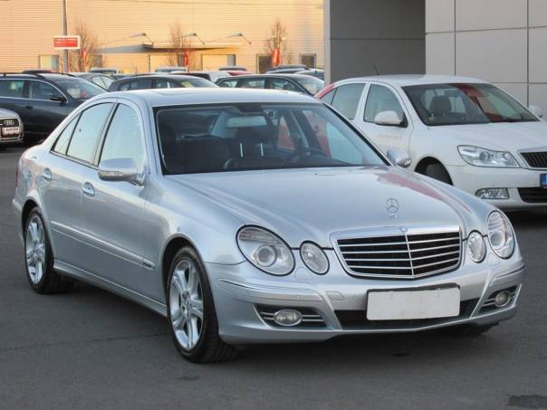 Mercedes-Benz Třída E  3.5, Serv.kniha, šíbr,kůže, foto 1 Auto – moto , Automobily | spěcháto.cz - bazar, inzerce zdarma