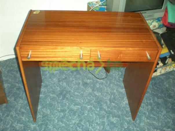 Psací stůl lakovaný 80x72x45cm, foto 1 Bydlení a vybavení, Stoly a židle | spěcháto.cz - bazar, inzerce zdarma