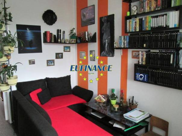 Prodej bytu 1+1, Roztoky, foto 1 Reality, Byty na prodej | spěcháto.cz - bazar, inzerce