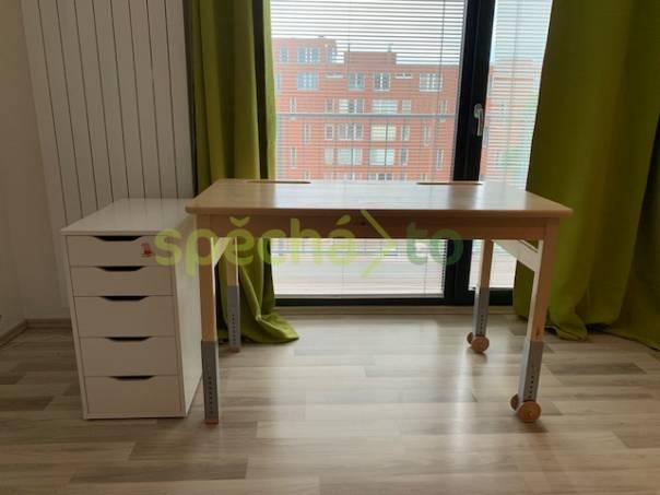 Dětský psací stůl - polohovací, rostoucí DOMESTAV , foto 1 Pro děti, Dětský nábytek | spěcháto.cz - bazar, inzerce zdarma