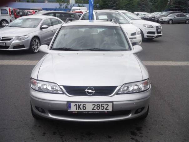 Opel Vectra 1.8 16V Caravan, foto 1 Auto – moto , Automobily | spěcháto.cz - bazar, inzerce zdarma