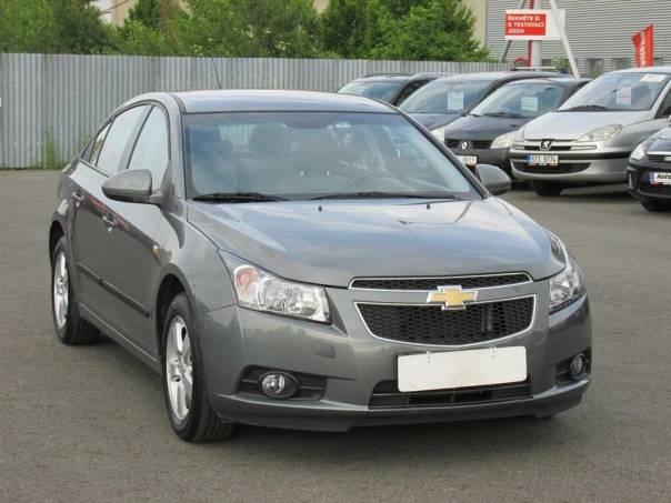 Chevrolet Cruze  1.6 16V, 2.maj,Serv.kniha,ČR, foto 1 Auto – moto , Automobily | spěcháto.cz - bazar, inzerce zdarma