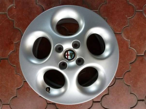 Alfa Romeo 146 Sada Orig. Alu Kol 15, foto 1 Náhradní díly a příslušenství, Osobní vozy | spěcháto.cz - bazar, inzerce zdarma
