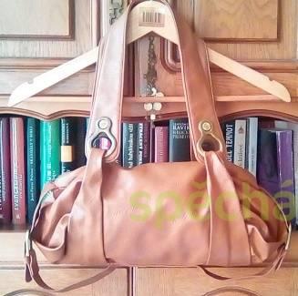 Kabelka hnědý jezevčík, foto 1 Móda a zdraví, Kabelky, tašky, zavazadla | spěcháto.cz - bazar, inzerce zdarma