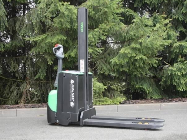 S 208 L (PS1238), foto 1 Pracovní a zemědělské stroje, Vysokozdvižné vozíky | spěcháto.cz - bazar, inzerce zdarma