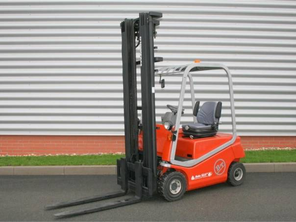 C4E 150 (PS928), foto 1 Pracovní a zemědělské stroje, Vysokozdvižné vozíky | spěcháto.cz - bazar, inzerce zdarma