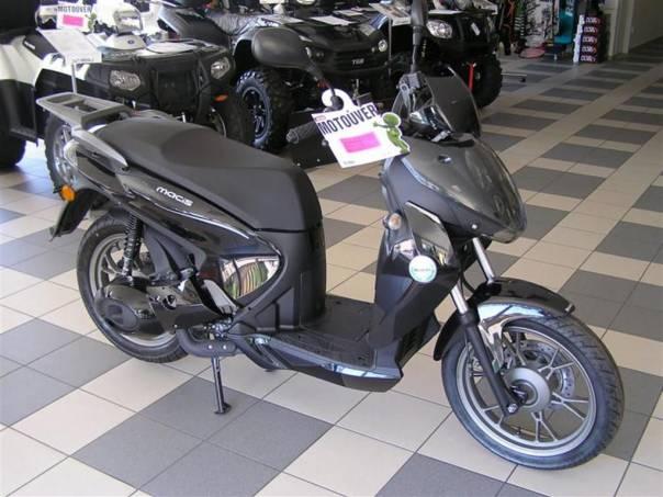 Benelli  MACIS 125, foto 1 Auto – moto , Motocykly a čtyřkolky | spěcháto.cz - bazar, inzerce zdarma