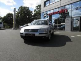 Volkswagen Passat 2,0 HIGHLINE 100 KW VARIANT  TDI , Auto – moto , Automobily  | spěcháto.cz - bazar, inzerce zdarma