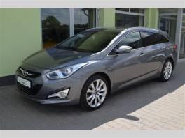 Hyundai i40 2.0 GDi BI-XENON+NAVI+KAMERA , Auto – moto , Automobily  | spěcháto.cz - bazar, inzerce zdarma
