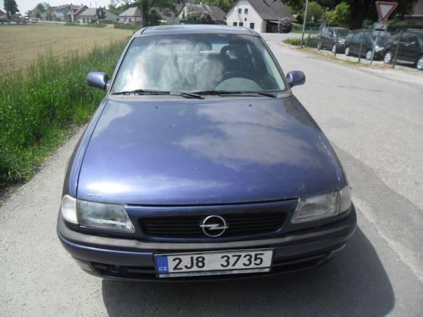 Opel Astra 1.6i, foto 1 Auto – moto , Automobily | spěcháto.cz - bazar, inzerce zdarma