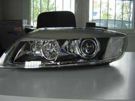 Audi Q7 BIXENONY NA