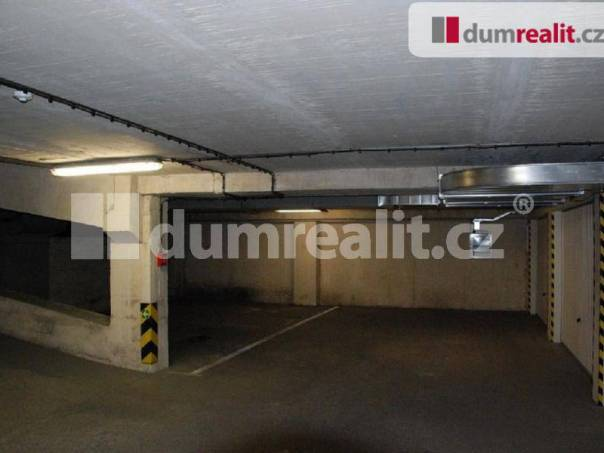 Pronájem garáže, Praha 10, foto 1 Reality, Parkování, garáže | spěcháto.cz - bazar, inzerce
