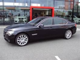 BMW Řada 7 750i xDrive INDIVIDUAL PĚKNÉ