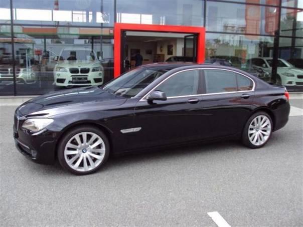 BMW Řada 7 750i xDrive INDIVIDUAL PĚKNÉ, foto 1 Auto – moto , Automobily | spěcháto.cz - bazar, inzerce zdarma