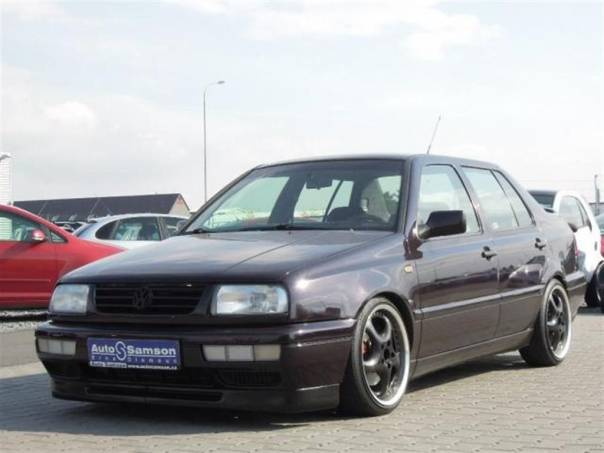 Volkswagen Vento 2.8 VR6 *KLIMATIZACE*TOP STAV*, foto 1 Auto – moto , Automobily | spěcháto.cz - bazar, inzerce zdarma