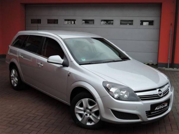 Opel Astra 1.7 CDTi NAVI TEMPOMAT , foto 1 Auto – moto , Automobily | spěcháto.cz - bazar, inzerce zdarma