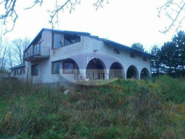 Prodej domu Atypický, Bařice-Velké Těšany - Bařice, foto 1 Reality, Domy na prodej | spěcháto.cz - bazar, inzerce