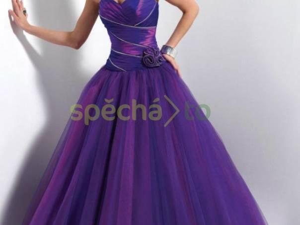 6e4021fa5227 Luxusní fialové plesové šaty