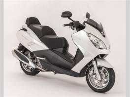 Satelis2 400i - bílá metalíza , Auto – moto , Motocykly a čtyřkolky  | spěcháto.cz - bazar, inzerce zdarma