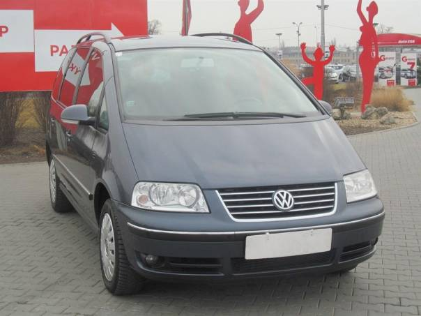 Volkswagen Sharan  1.9 TDi, Serv.kniha, automat, foto 1 Auto – moto , Automobily | spěcháto.cz - bazar, inzerce zdarma