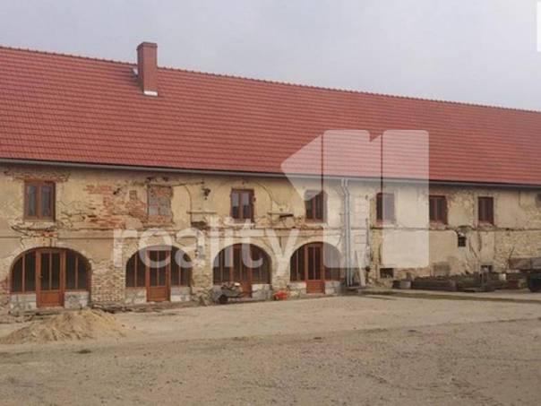 Prodej nebytového prostoru, Hoštka, foto 1 Reality, Nebytový prostor | spěcháto.cz - bazar, inzerce